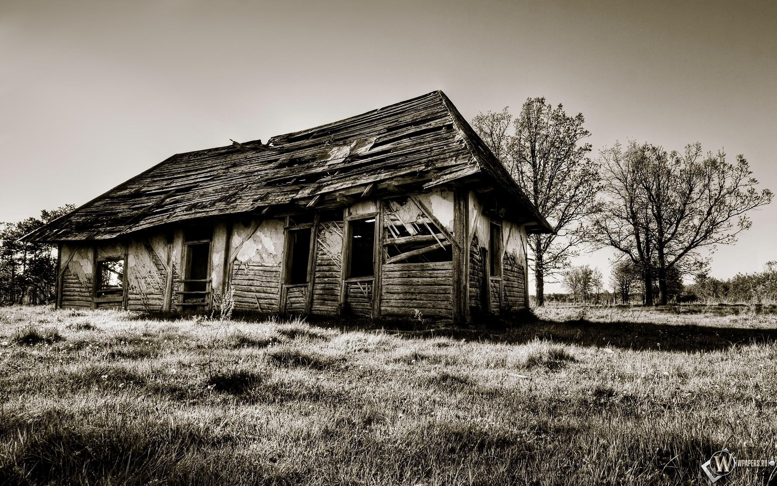 Старинный дом 2560x1600