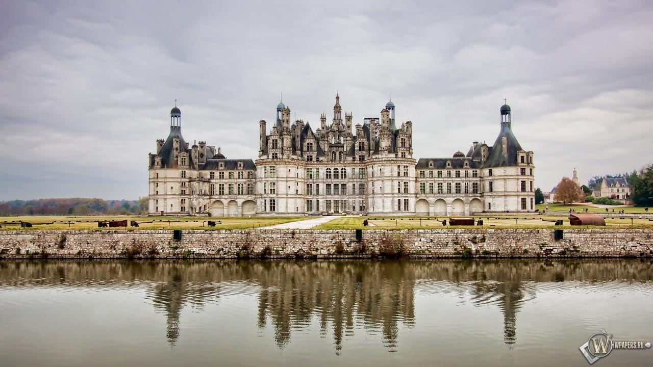Замок во Франции 1280x720