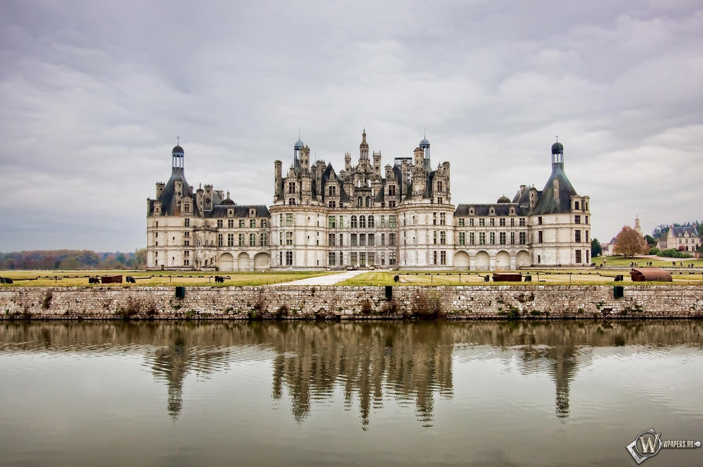 Замок во Франции 2300x1530