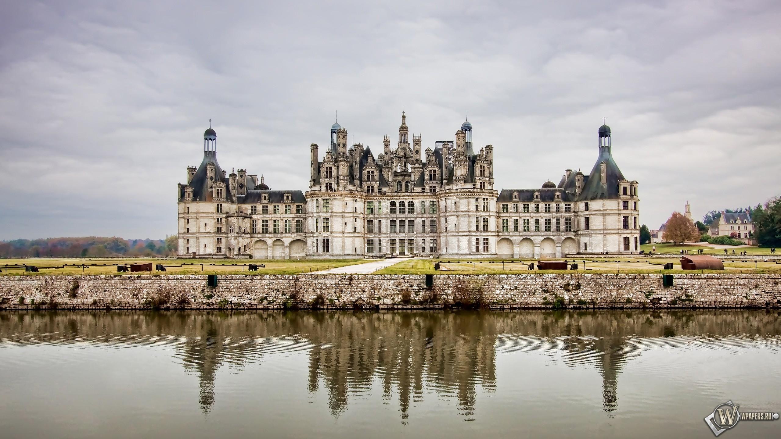 Замок во Франции 2560x1440