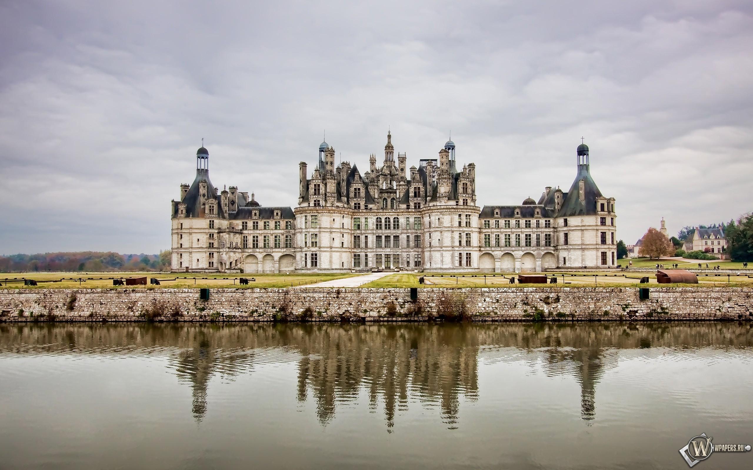 Замок во Франции 2560x1600