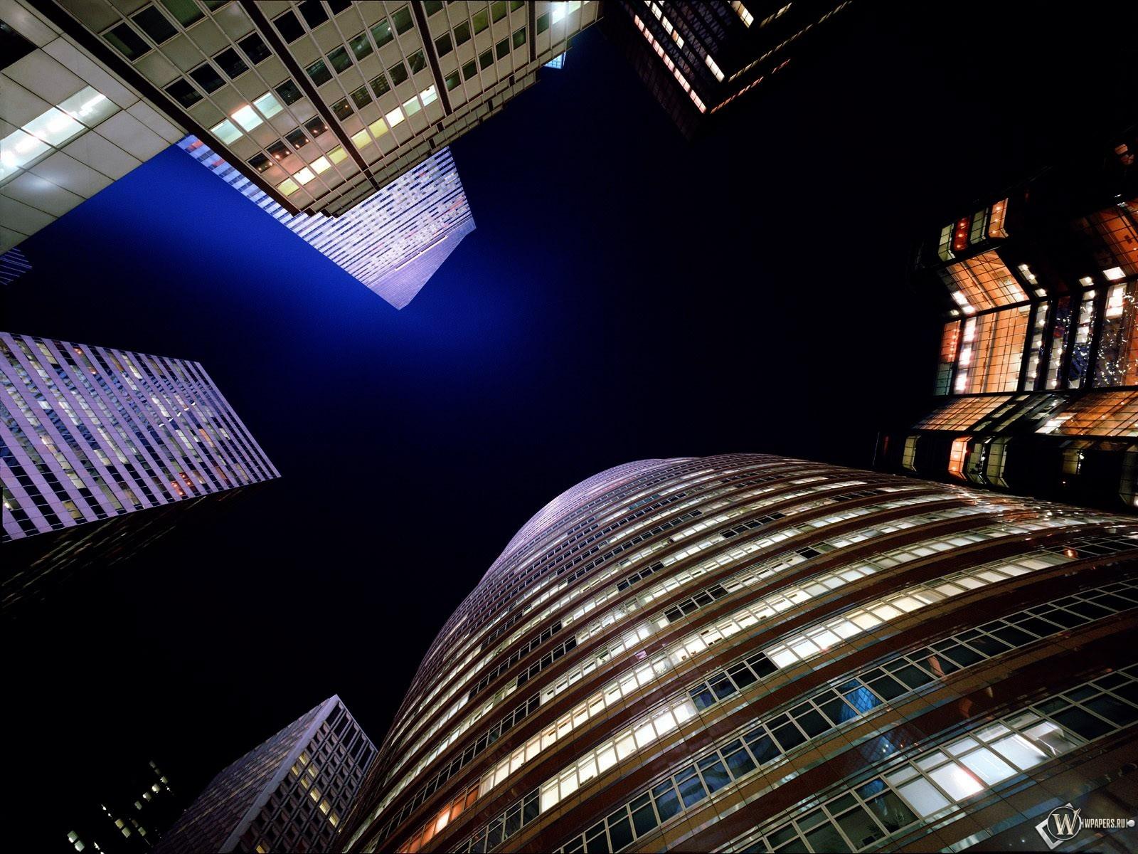 Ночные небоскребы 1600x1200