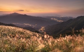 Обои Горы Китая: Горы, Город, Трава, Китай, Города