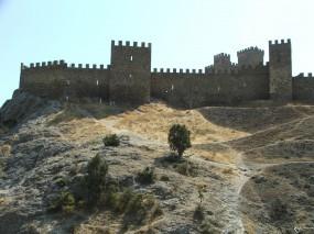 Восточный Крым стена