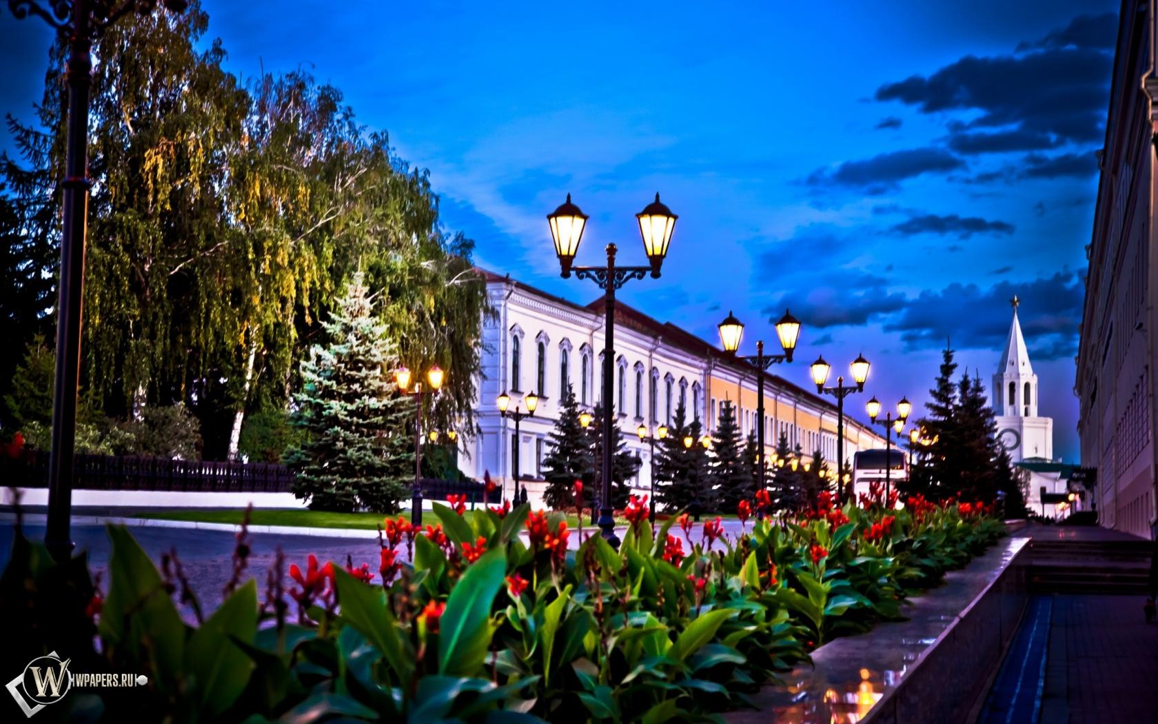 Казань улица Кремлевская 1680x1050