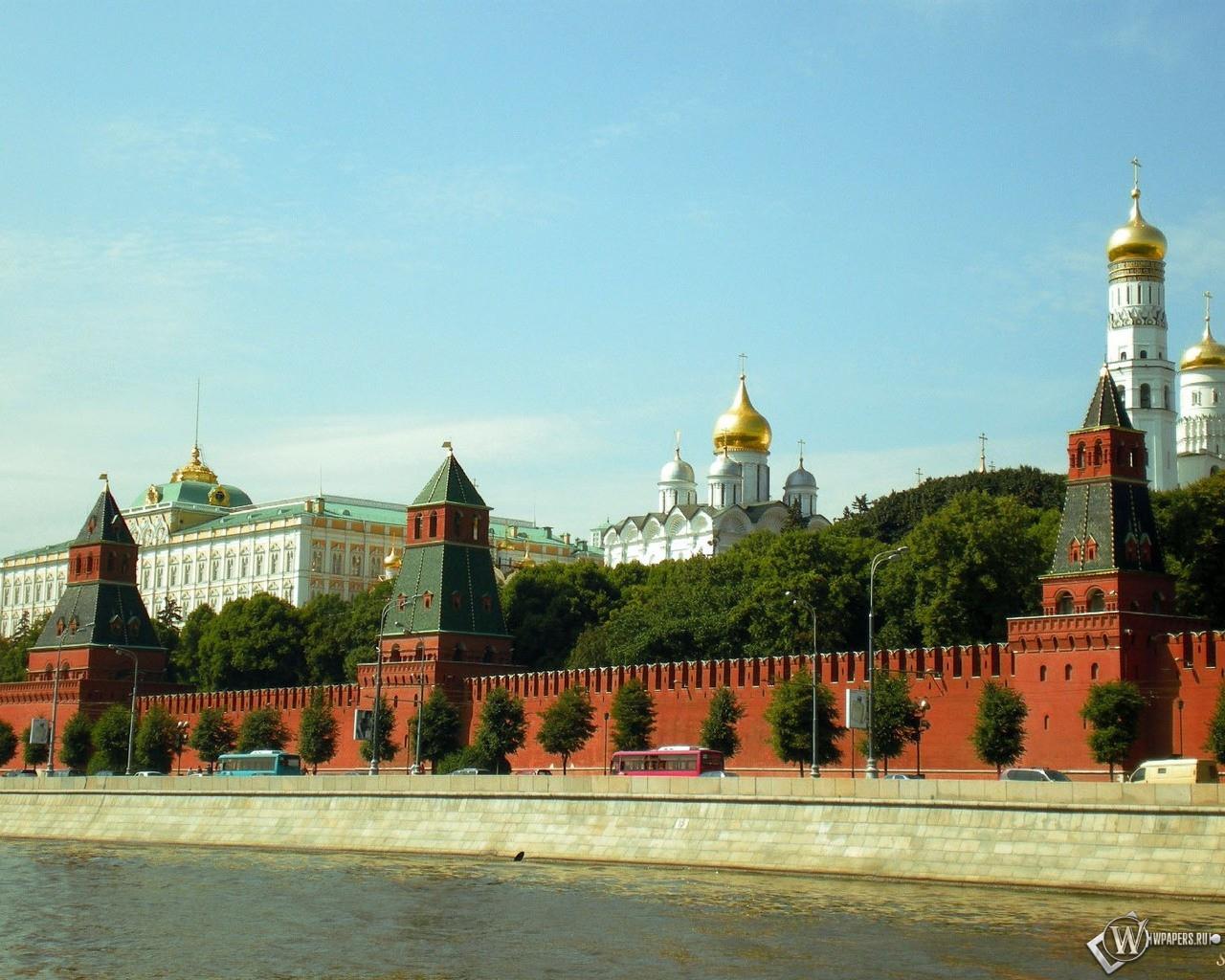 Кремлёвская стена (Москва) 1280x1024