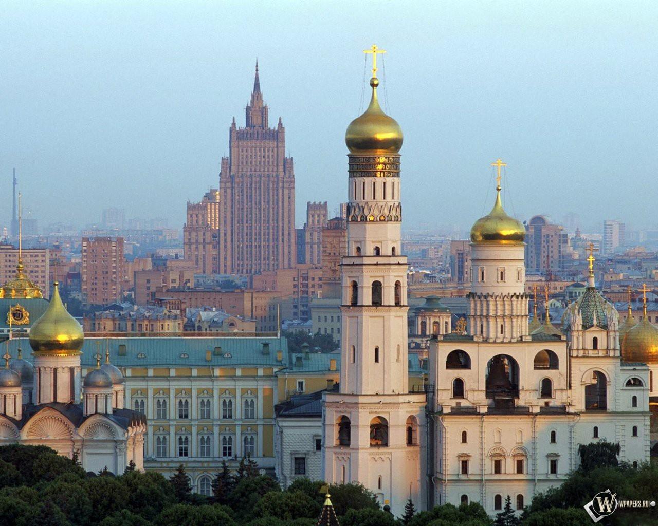 Москва Колокольня Ивана Великого 1280x1024