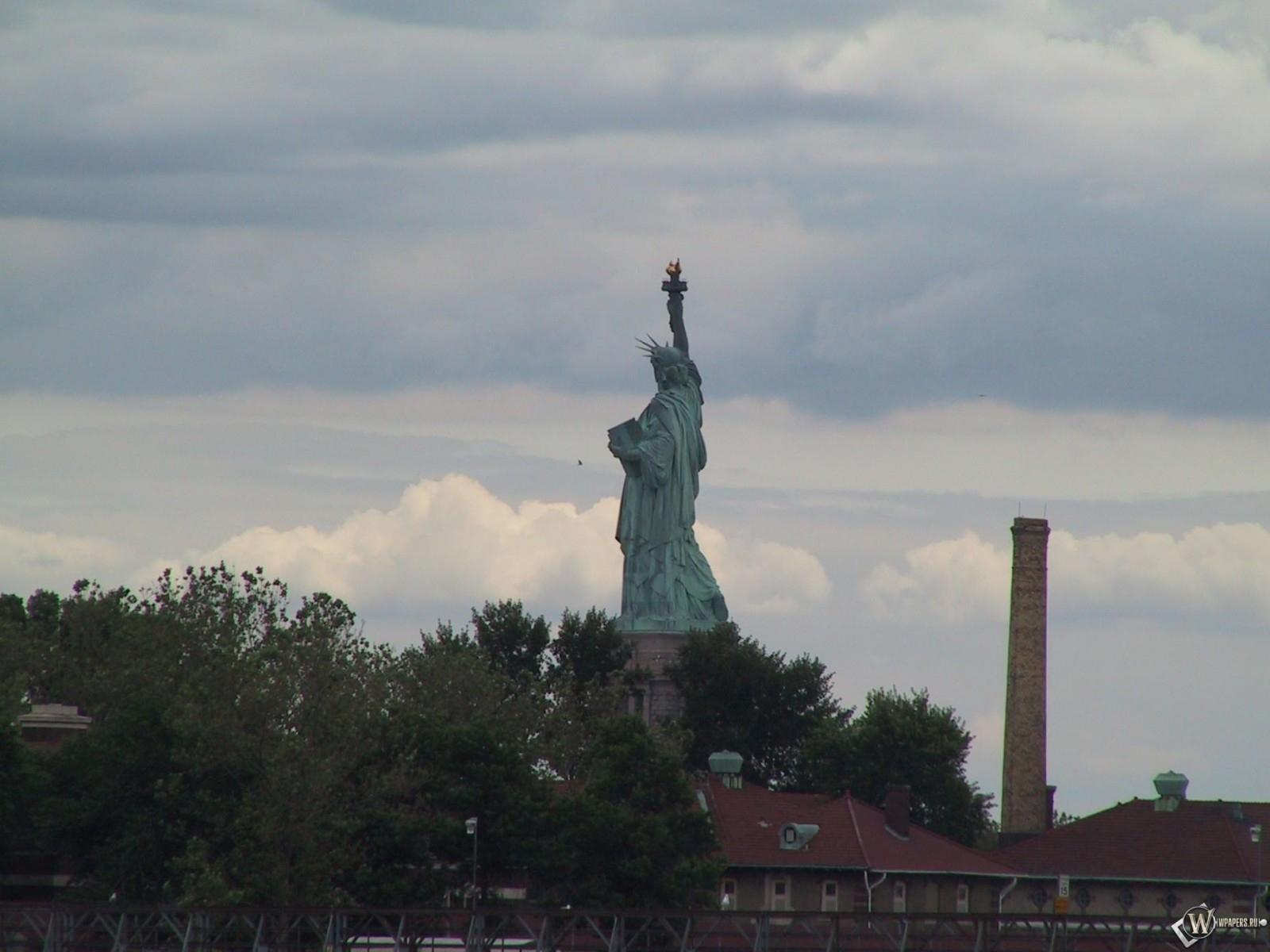 New York статуя свободы 1600x1200