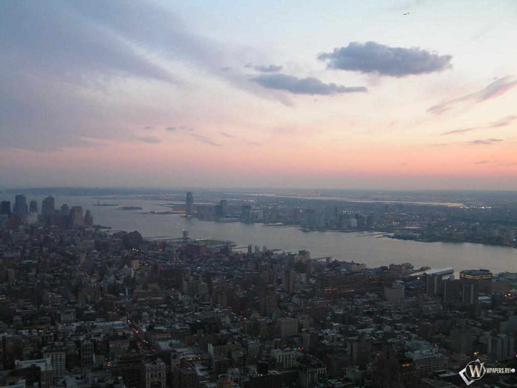 New York вид с верху 1024x768