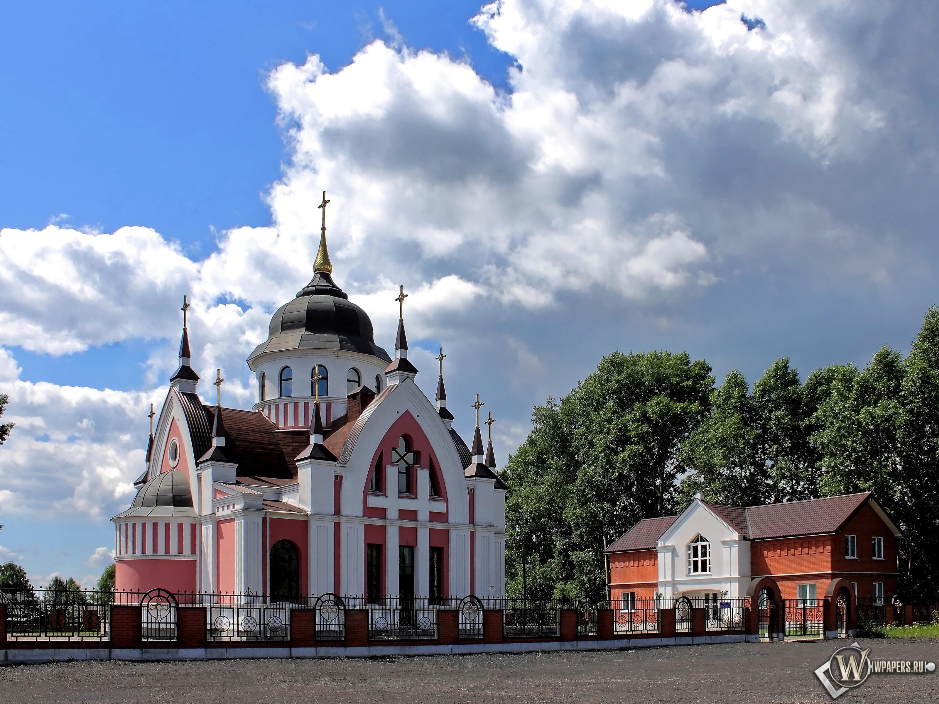 Новокузнецк Католический Храм св.Иоанна Златоуста  3200x2400