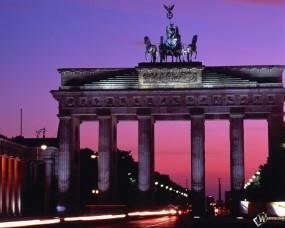 Обои Brandenburg Gate - Berlin - Germany: , Прочие города