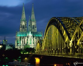 Обои Cologne Cathedral and Hohenzollern Bridge Cologne - Germany: , Прочие города