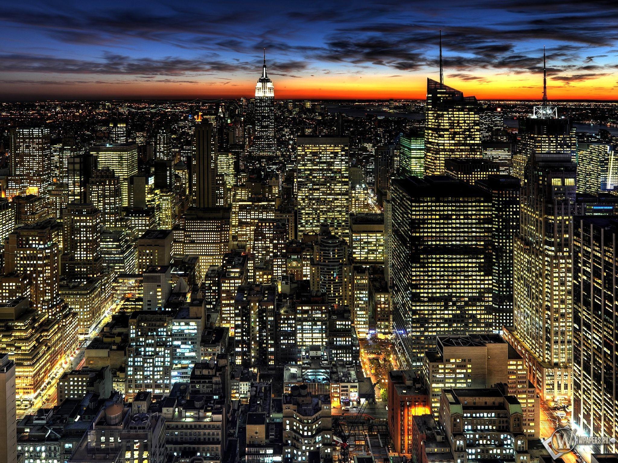 Ночьной город 2048x1536
