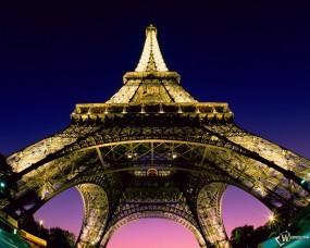 Обои Beneath the Eiffel Tower - Paris - France: , Париж