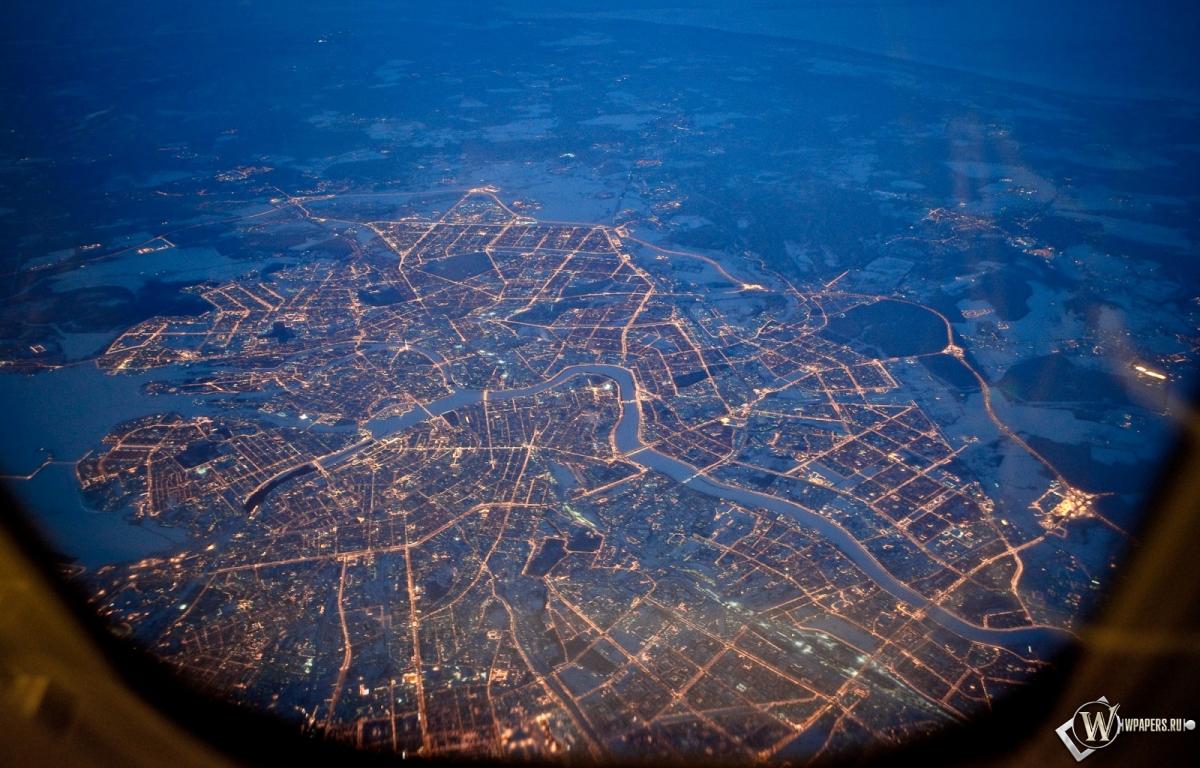 Питер из самолета ночью 1200x768