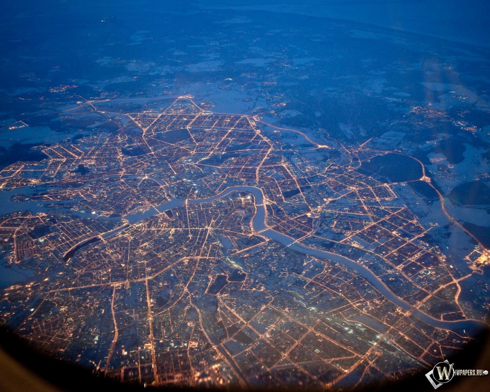 Питер из самолета ночью 1600x1280