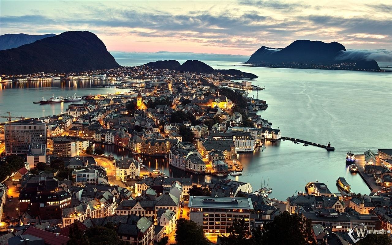 Олесунн Норвегия 1280x800