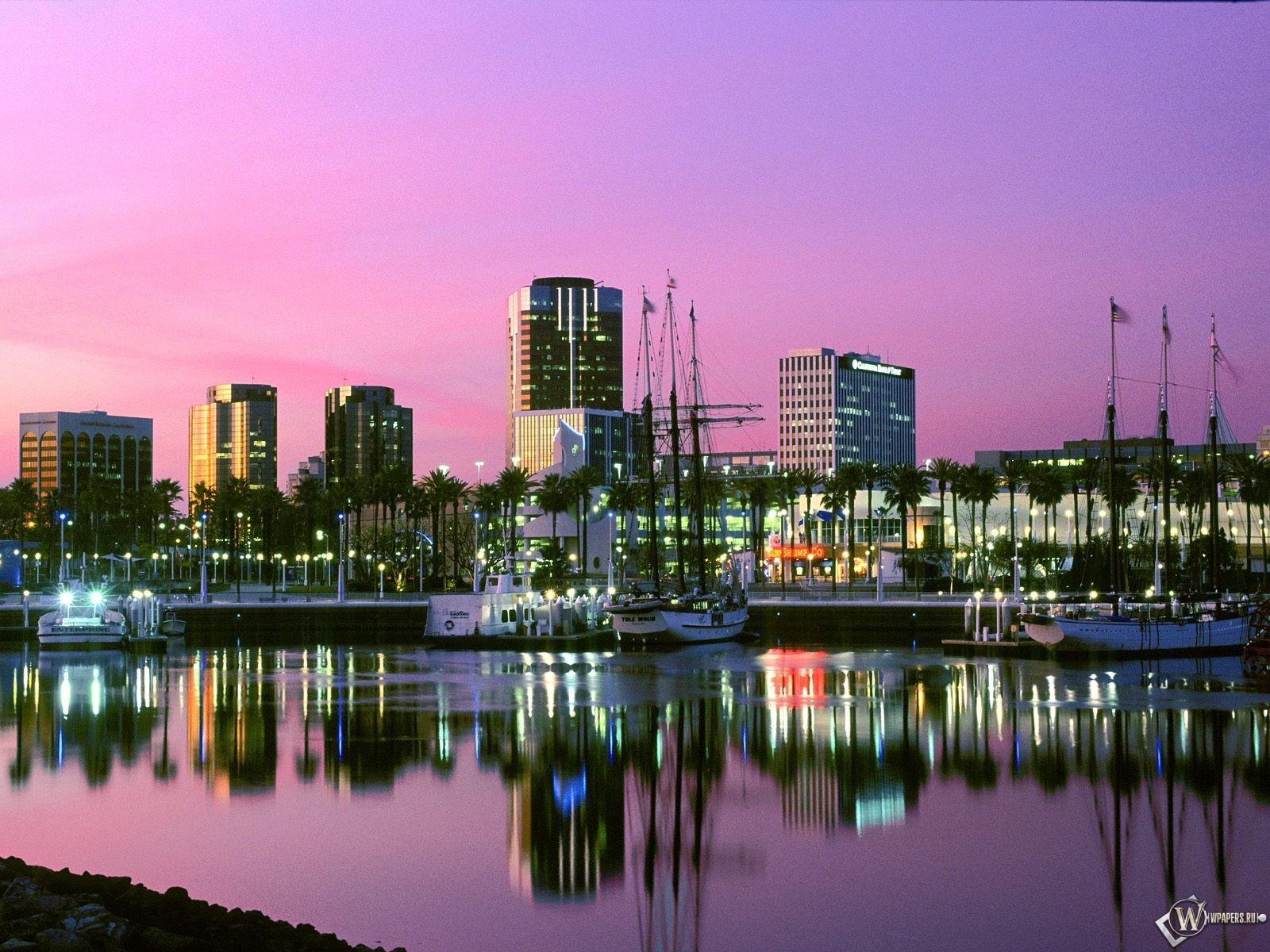 Long Beach California 1600x1200