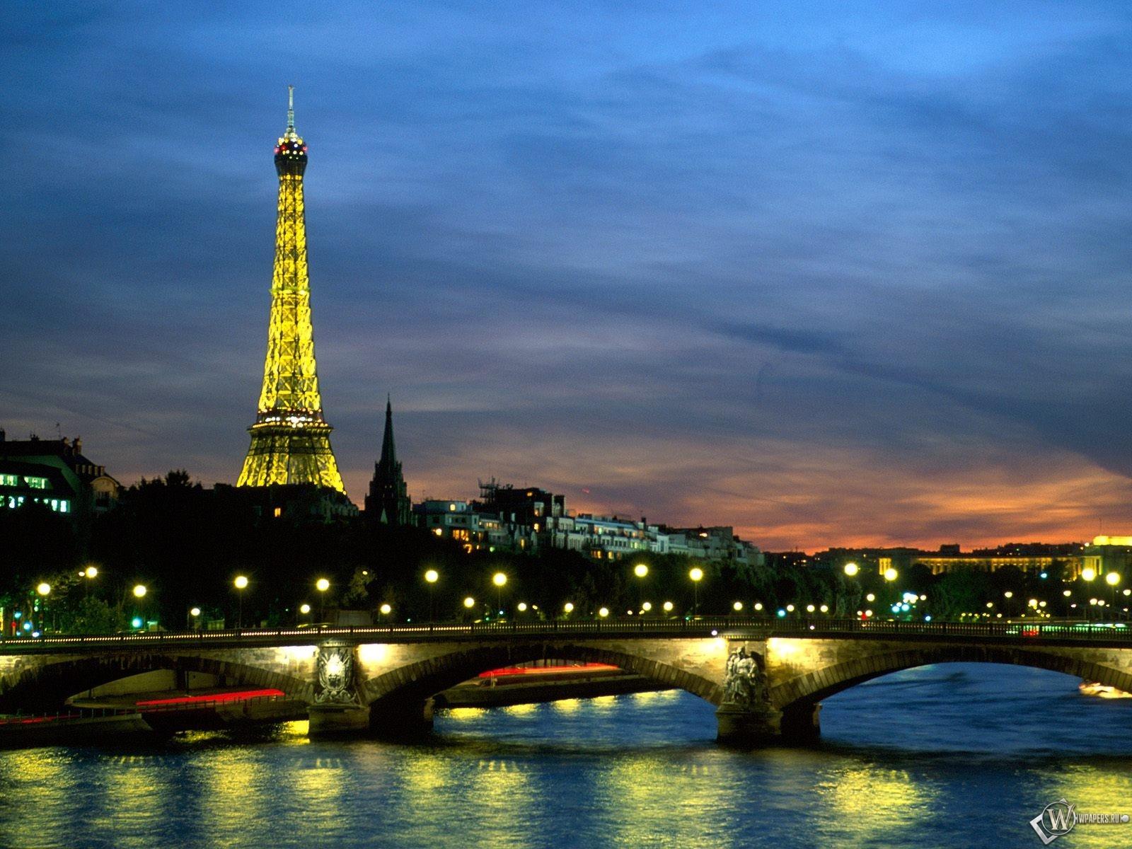 The River Seine in France Paris 1600x1200