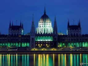 Обои Hungarian Parliament Building: Дворец, Венгрия, Парламент, Города и вода