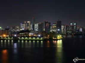 Обои Ночной город: Ночной город, Города и вода