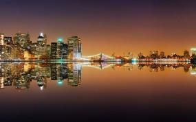 Обои Ночной город: Ночной город, Вода, Города и вода