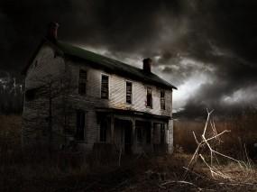 Обои Заброшенный дом ночью: Небо, Дом, Окна, Фэнтези