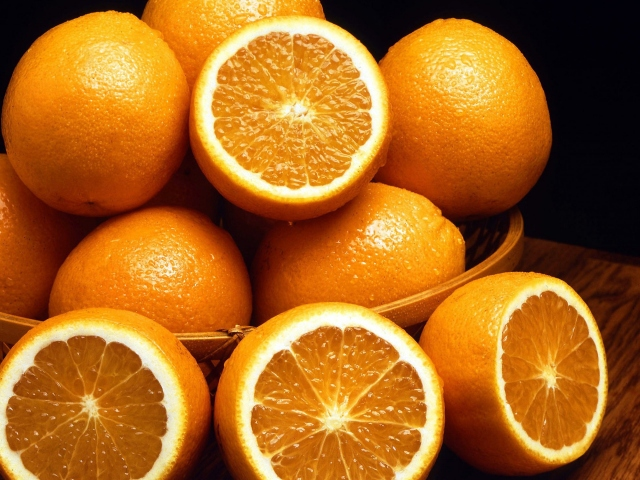 Вкусные апельсины