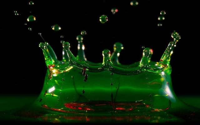 Зелёный всплеск