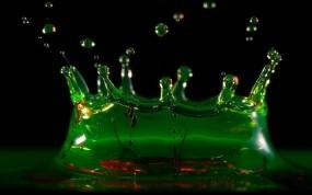 Обои Зелёный всплеск: Вода, Капли, Зелёный, Абсент, Алкоголь