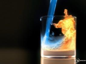 Обои Огненный коктейль: Стакан, Вода, Огонь, Огненная вода, Коктейль, Алкоголь