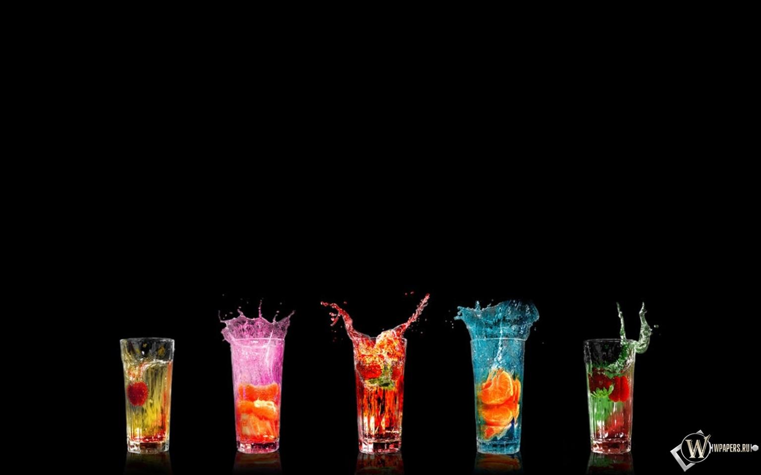 Разноцветные коктейли 1536x960