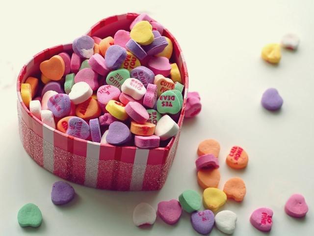 Сердечки в коробке