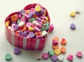 Обои Сердечки в коробке: Любовь, Сердце, Макро, Праздники
