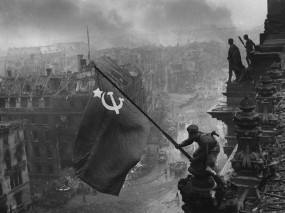 Обои Флаг над Рейхстагом: СССР, 9 мая, День Победы, Флаг, Победа, День победы