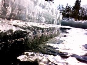 Обои Лёд на речке: Вода, Лёд, Снег, Лёд / Вода