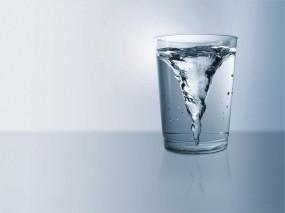 водоворот в стакане