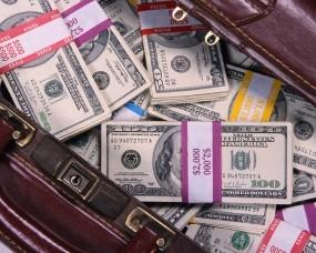 Обои Сумка денег: Банкноты, Купюры, Деньги, Денежки, Деньги