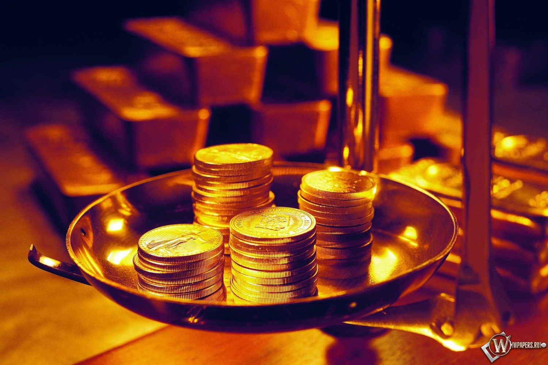 монеты на весах 1500x1000