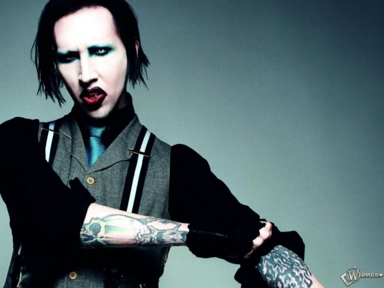 marilyn manson research paper Marilyn monroe essay examples a description of marilyn manson as a name that one hears everywhere they go 1,514 words 3 pages describing marilyn monroe and.