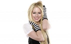 Обои Avril Lavigne Whibley: Улыбка, Девушка, Блондинка, Аврил Лавин, Музыка