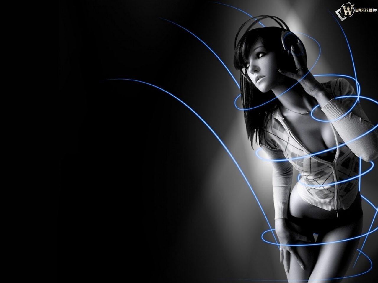 Симпотичная девушка в наушниках 1280x960