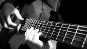 Обои Гитара: Гитара, Струны, Пальцы, Музыка