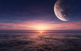 Планета над морем