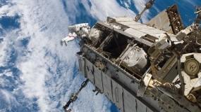 Обои Космическая станция: Космос, Космонавт, Станция, Космос
