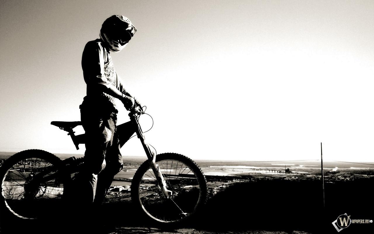 Велосипедист 1280x800