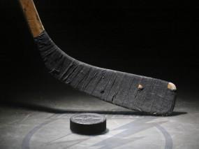 Обои Клюшка и шайба: Клюшка, Шайба, Хоккей, Спорт