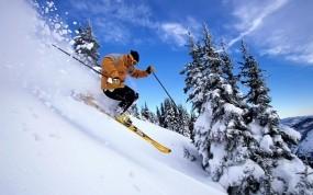 Обои Лыжник: Горы, Лыжник, Склон, Спуск, Спорт