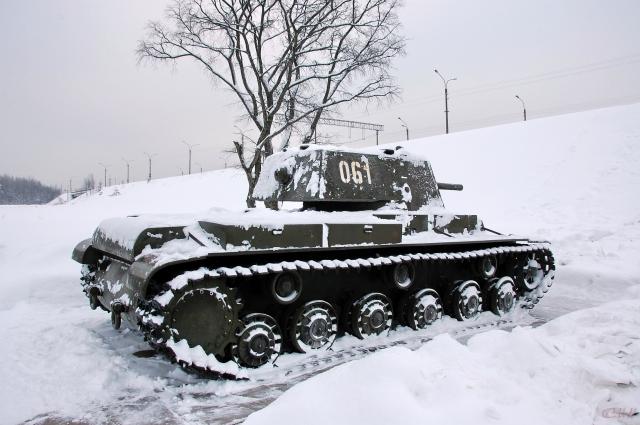Танк-КВ-1
