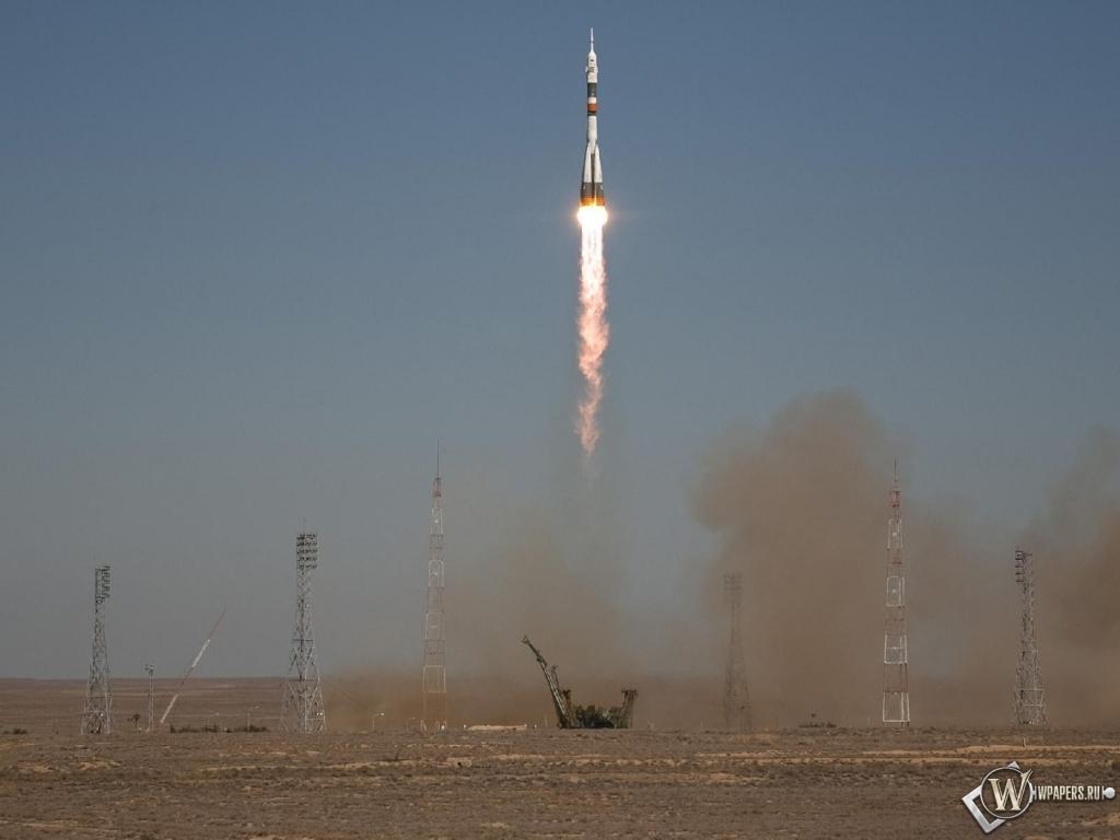 Запуск ракеты Союз ТМА-16 1024x768
